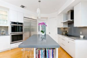 kitchen renovator